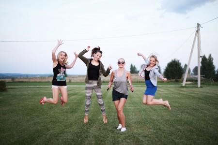 vasaros stovykla mergaitems